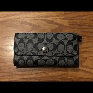 Coach trifold women's wallet